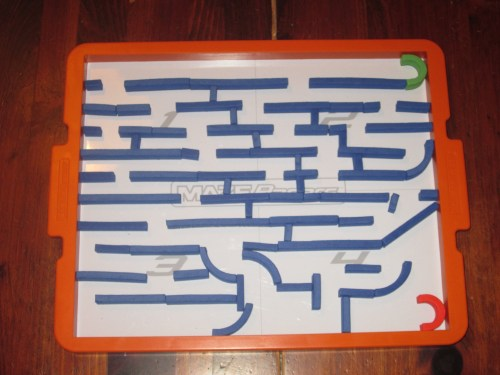 The blue maze using the same parameters as the yellow maze. As one player finishes building, gameplay can get hectic.