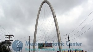 El Arco Reloj Monumental