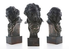 Apuntes para la inscripción de cortometrajes a los Premios Goya 2013