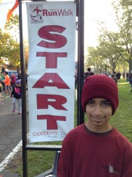 2013 Cantigny 5K Run/ Walk November 2, 2013 Total time: 32:42.23