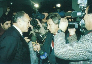 In Moscow, Mawlana Hazar Imam meets the press
