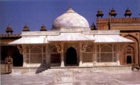 Sheikh Salim's shrine