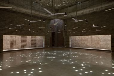 Column free prayer hall. Aga Khan Award for Architecture 2016 Winner: Bait ur Rouf Mosque Dhaka, Bangladesh