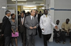 His Highness the Aga Khan and Prince Rahim visiting the medical clinic at Filtisac that serves employees and their family members. Photo: AKDN/Gary Otte