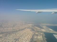 Dubai di siang hari