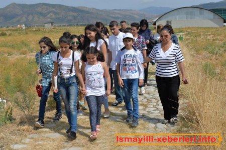 Orta əsr Ağsu şəhəri  turizm kompleksinə gəzinti
