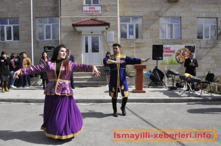 Kollec Novruz bayramında