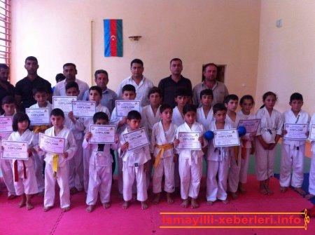 Karate üzrə rayon birinciliyi keçirilib