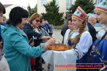 Mədəniyyətlərin dialoqunda təhsil: rus məktəbi dünyası