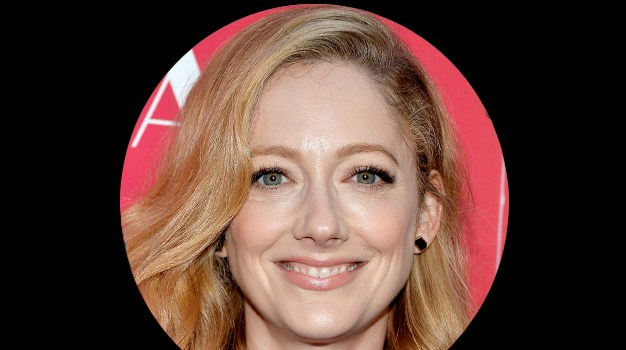 July 20 – Judy Greer gets an allergy reaction
