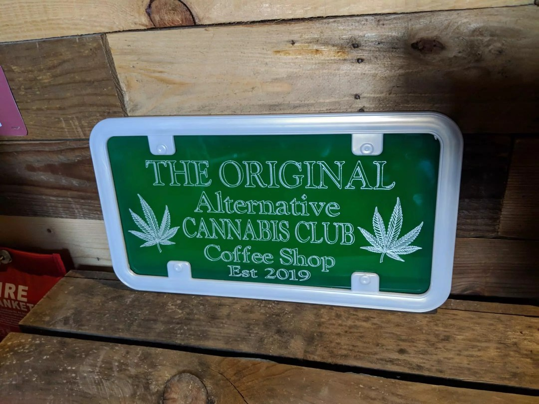 Original Alternative, Visiting The Original Alternative Cannabis Club in Spain