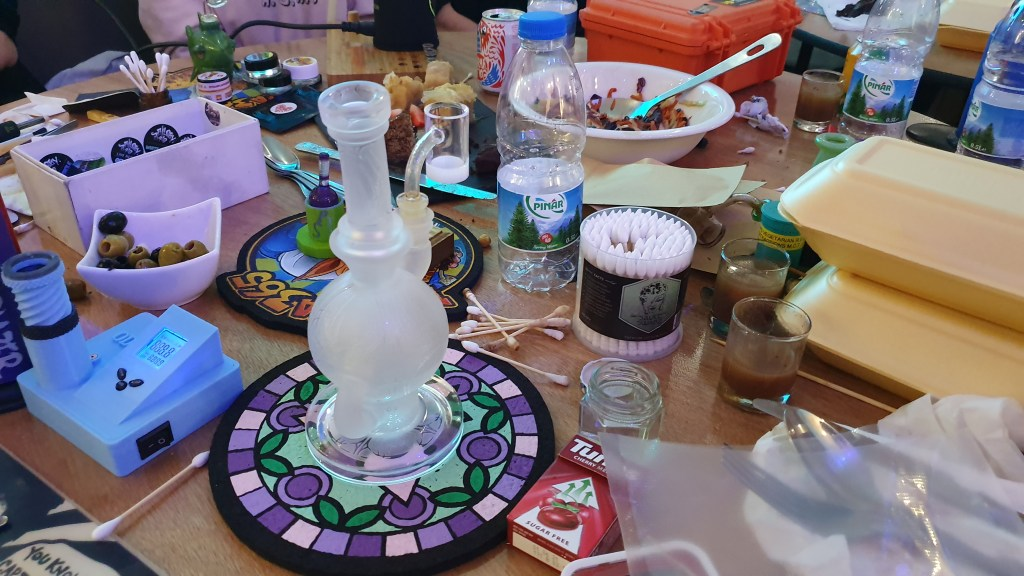 Cannabis Gadgets, Gadgets & Glass Session Hosted by LadyBuds of London, ISMOKE