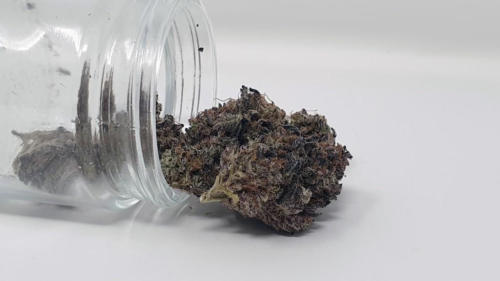 LA Kush Cake, LA Kush Cake Cannabis Strain Review & Information, ISMOKE