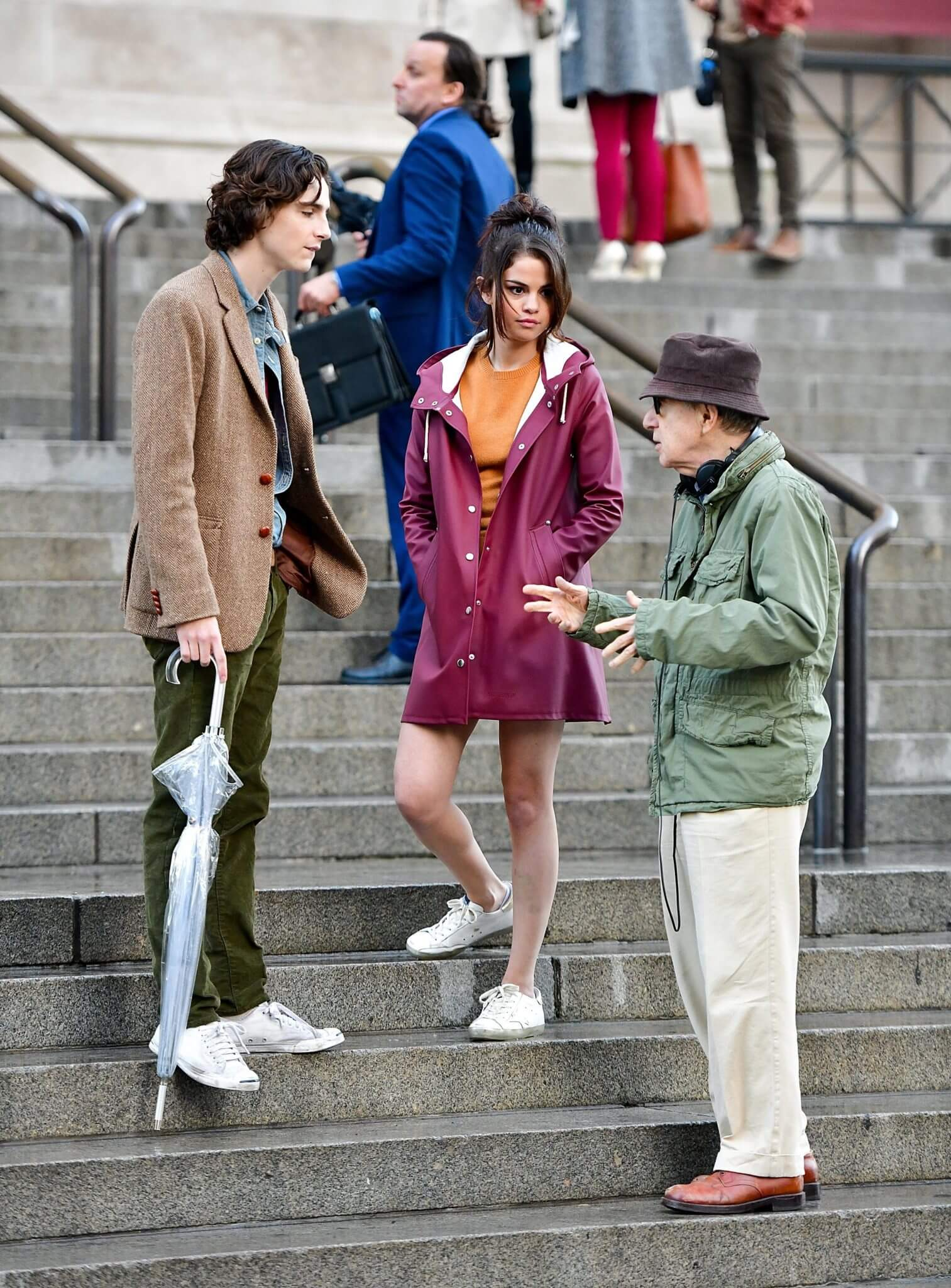 Amazon decidió no lanzar la nueva película de Woody Allen con Timothée Chalamet y Selena Gómez
