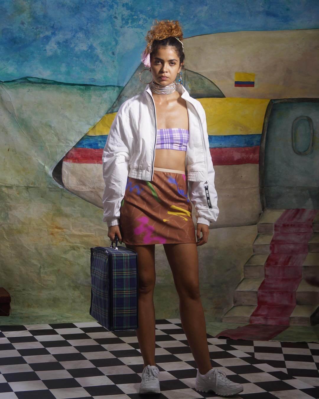 MOR.BO riot: Lao Ra, la colombiana que hace pop subversivo y tropical desde Londres
