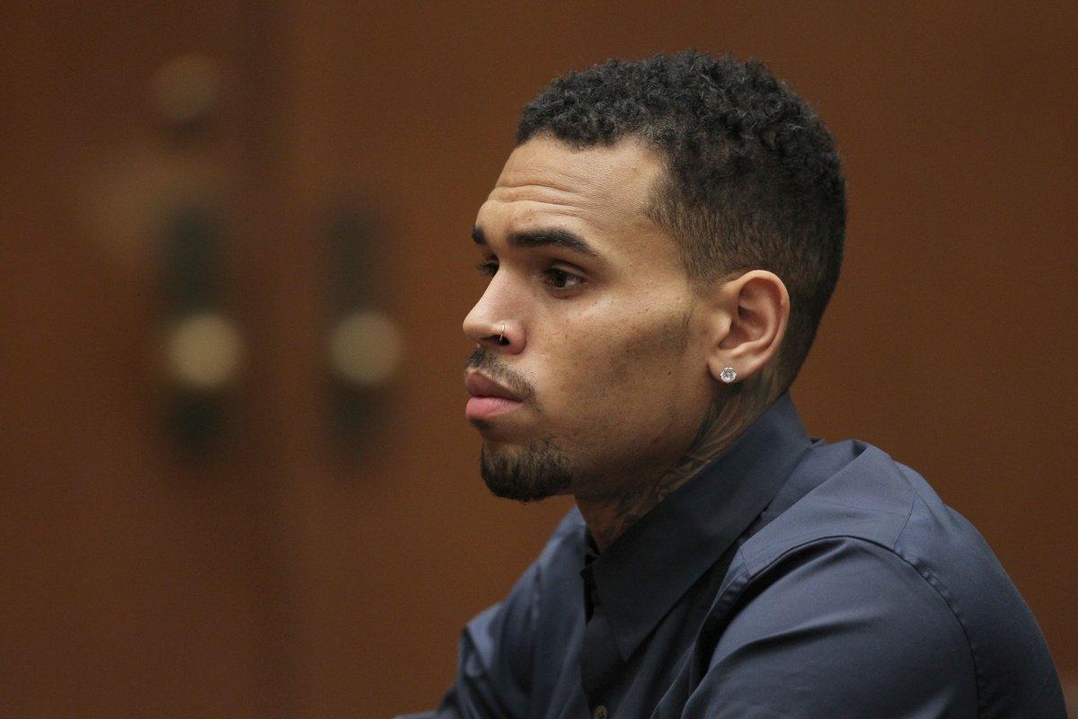 Chris Brown demandará por difamación a la mujer que lo acusó por violación