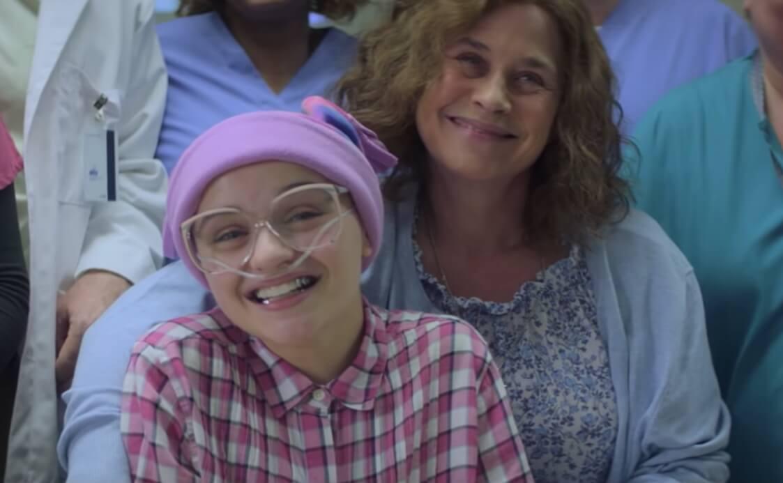 """""""The Act"""": Patricia Arquette envenena a su hija """"enferma"""" en la aterradora nueva serie de Hulu"""
