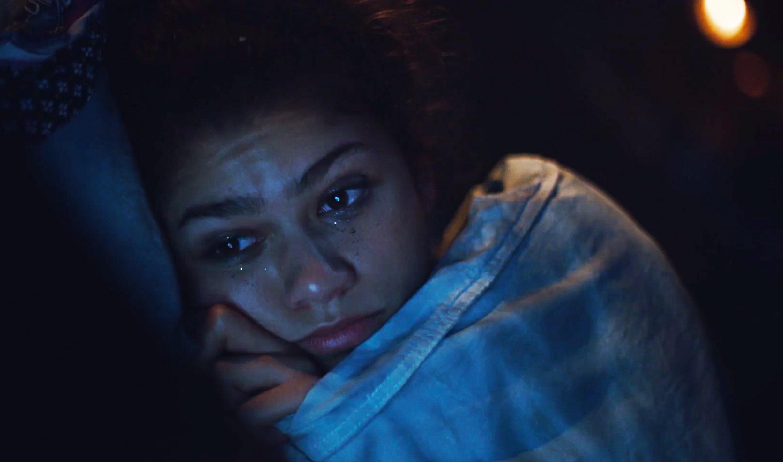 ¿Por qué es tan reconfortante ver televisión sin parar cuando estamos deprimidos?