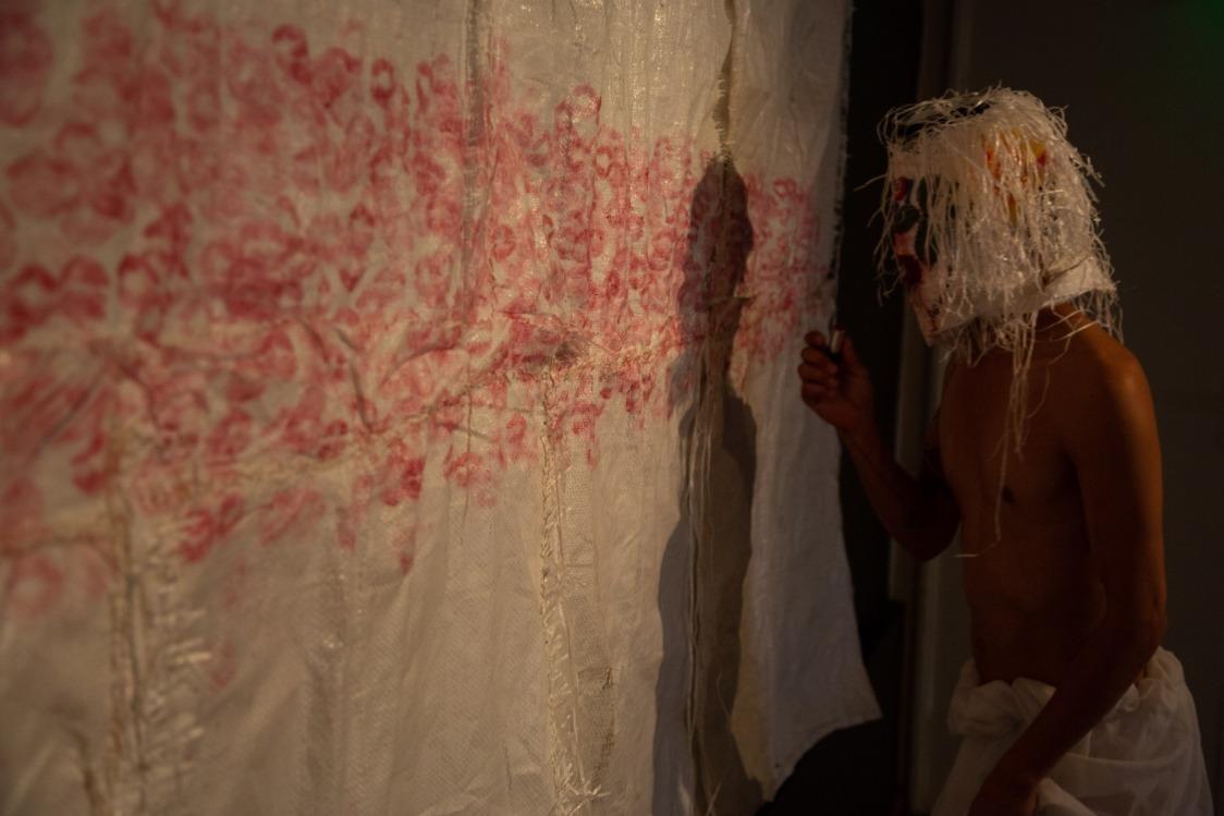 SACO8: 8 artistas recrean una fantasía futurista imaginaria en Antofagasta