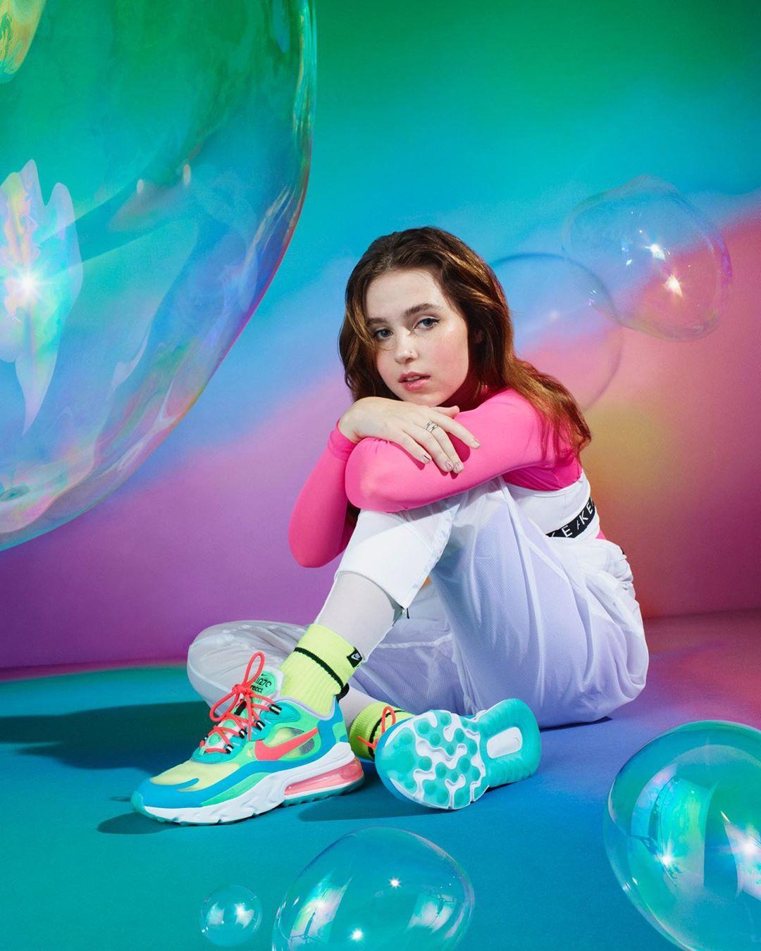 13 lanzamientos recientes que debes escuchar: Clairo + Ariana Grande + Lauv y más