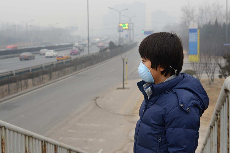 Estudio: Nanopartículas provenientes de la contaminación del aire vinculadas al cáncer cerebral
