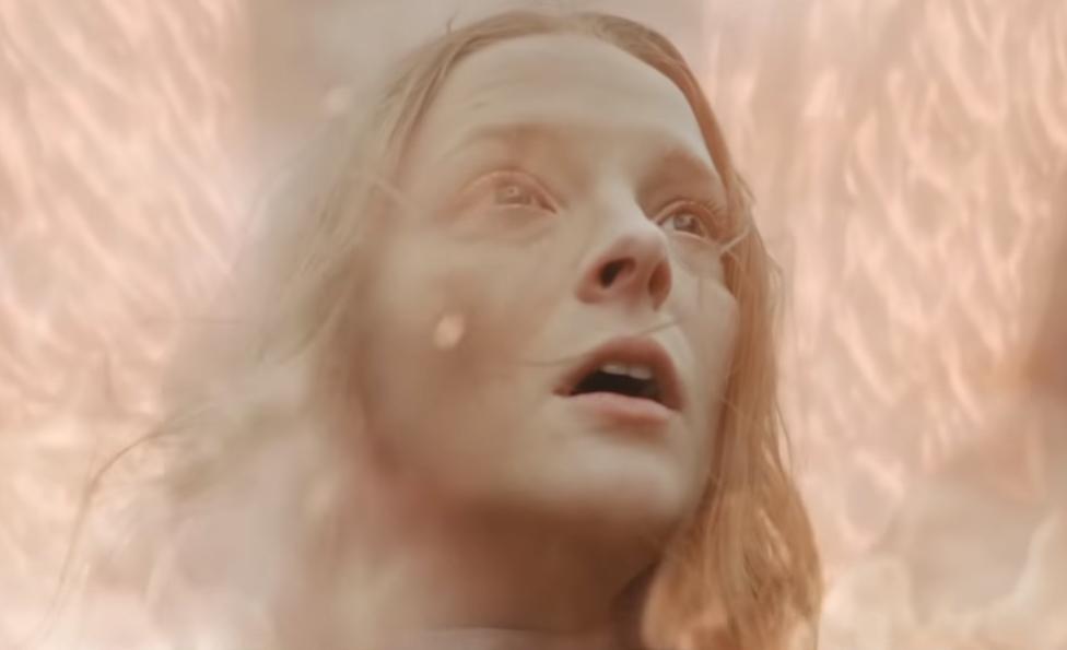 """""""Saint Maud"""": El nuevo trailer del thriller psicológico de A24 es una aterradora visión de la fe"""