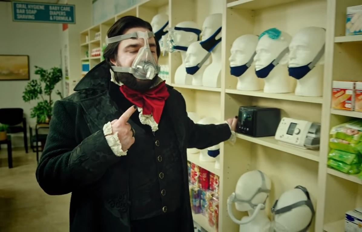 """""""What We Do in the Shadows"""" vuelve con más humor y sangre en el trailer de su nueva temporada"""