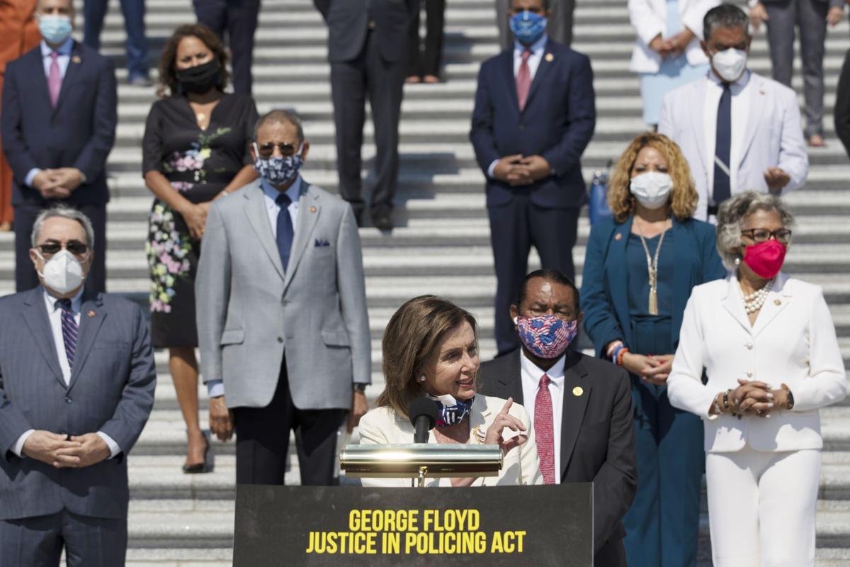 EE.UU.: Demócratas presentan su proyecto de ley de reforma policial; sentenciados los asesinos de Ahmaud Arbery