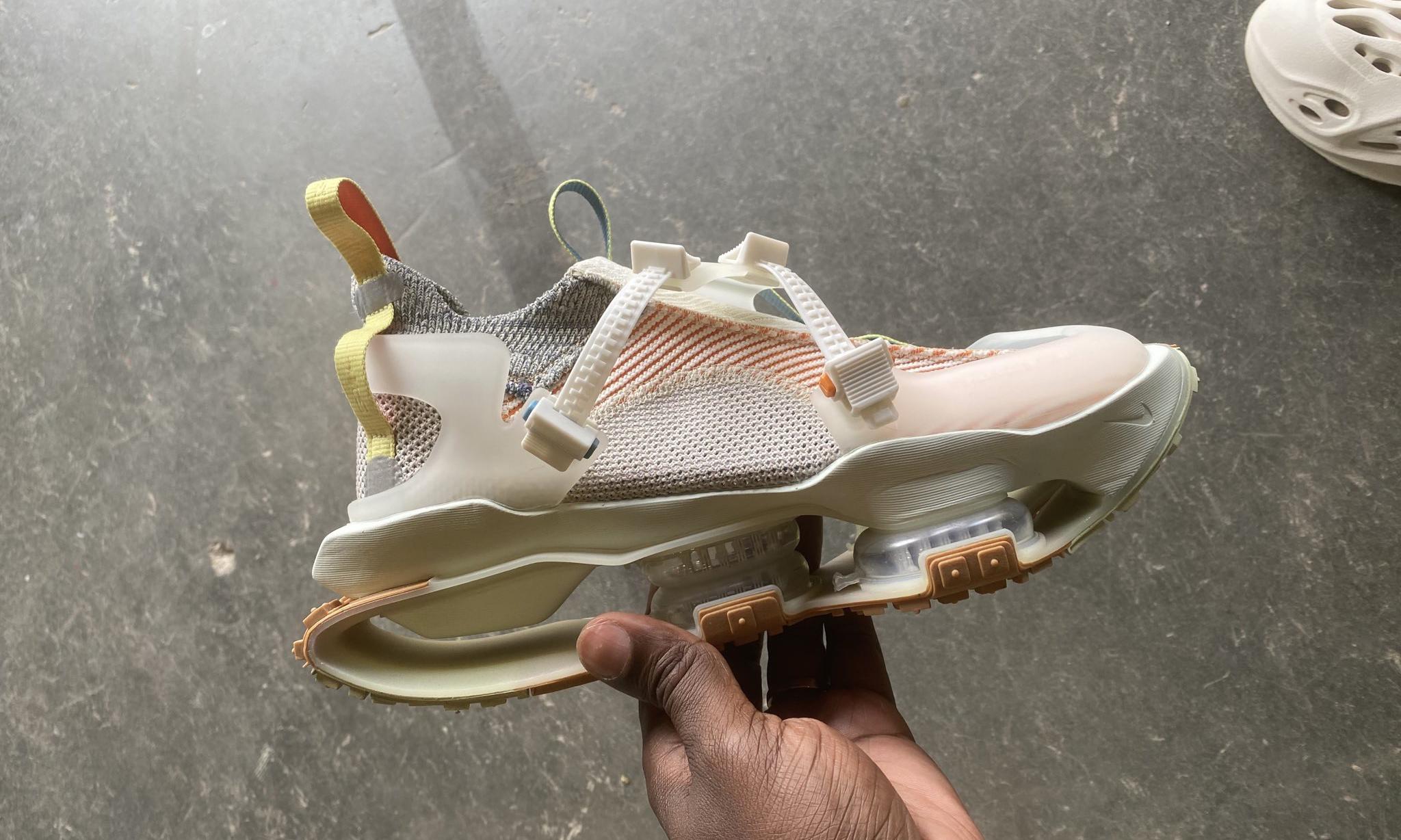"""""""WOW"""": Las zapatillas """"ISPA Zoom Road Warrior"""" de Nike que sorprendieron a Kanye West"""