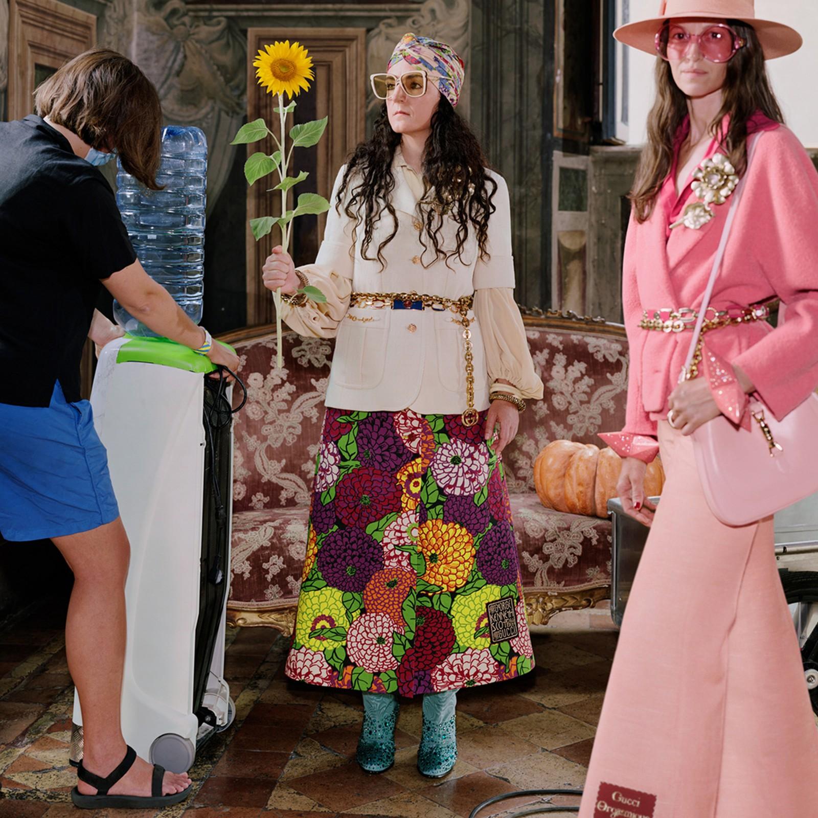 Gucci recluta a su equipo de trabajo para que sean las estrellas de la nueva campaña de la firma