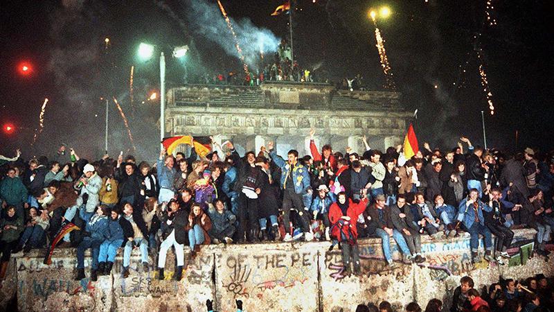 5 claves para entender por qué cayó el Muro de Berlín hace 31 años