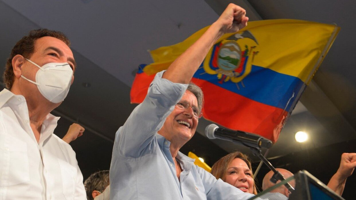 Guillermo Lasso triunfa en las presidenciales de Ecuador: Perú irá la segunda vuelta