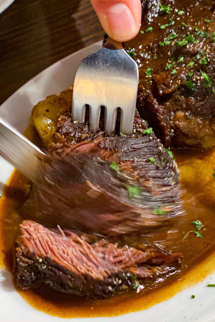肉とワインのイタリアン酒場 more モア 肉料理