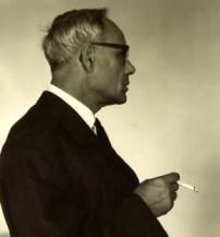 Karl Rahner fuma 2