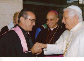 Livi Benedicto XVI
