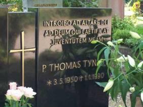 tumba de Tyn