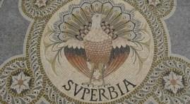 superbia mosaico