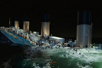 Titanic mergerentur 3