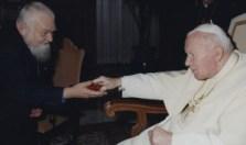 Blanc Enzo avec Jean-Paul II