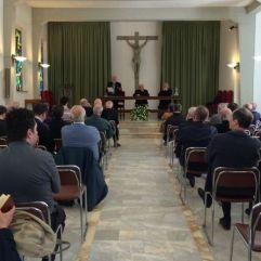 Enzo Blanca predica sacerdotes siena
