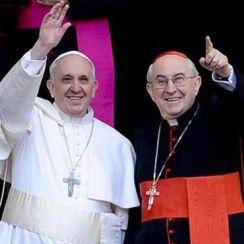 Papst und Vallini 3