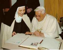 Karmelitinnen von Quart Aosta-Tal, Benedikt XVI-001
