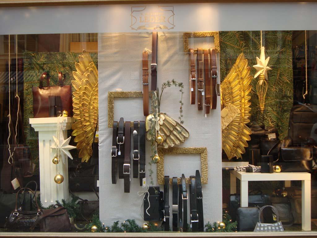 Schaufenster  Lederwaren  Isolde Skrabitz