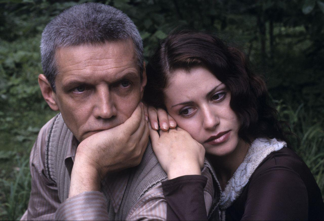 а13-1   Анна Ковальчук - хотите узнать, как сейчас живет любимая актриса?
