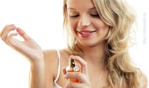 Как и куда правильно наносить духи, чтобы аромат держался дольше?