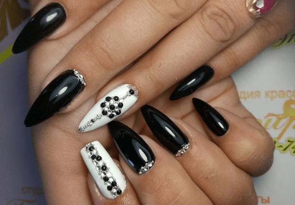 image33 | Черно-белая классика: идеи маникюра для элегантных девушек
