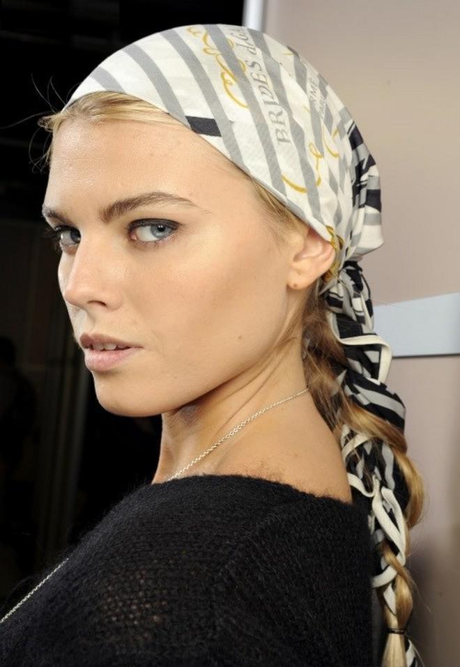 image9-11 | Как красиво повязать платок зимой — стильные образы в холодное время года!