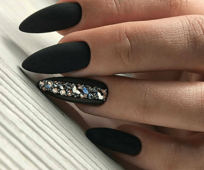image13 | Модно и дорого: 25 идей роскошного ногтевого дизайна