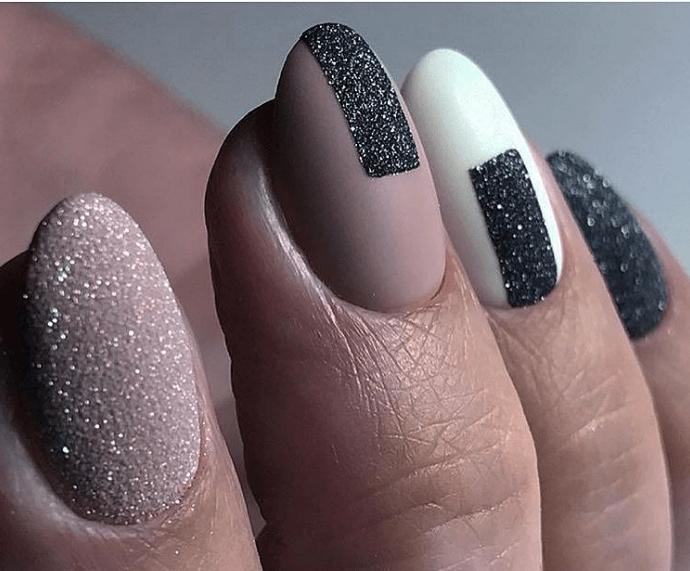 image18 | Модно и дорого: 25 идей роскошного ногтевого дизайна