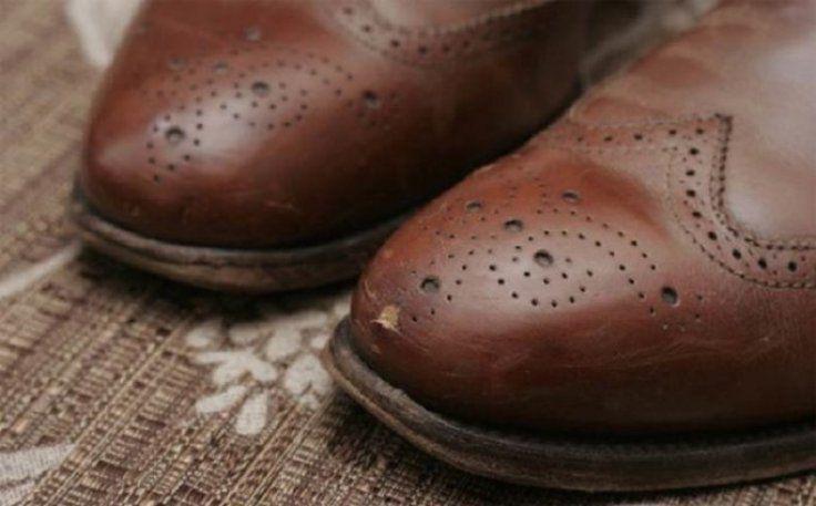 image2-177   Как убрать царапины, трещины и потертости с кожаных туфель, сумок и мебели